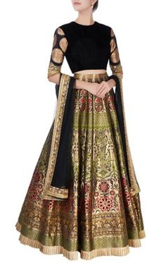 Shop Manish Malhotra Black & gold printed lehenga ste , Exclusive Indian Designer Latest Collections Available at Aza Fashions Silk Kurti Designs, Fancy Blouse Designs, Bridal Blouse Designs, Lehenga Designs, Indian Fashion Designers, Indian Designer Wear, Dress Indian Style, Indian Dresses, Indian Wear