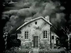 Green Dutch - 1908 Haunted House