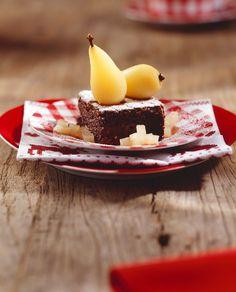Brownie mit Birne | http://eatsmarter.de/rezepte/brownie-mit-birne
