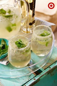 Whether you're hosting a whole party or just a friend, this bubbly drink, the Mint Condition, will up your cocktail cred this summer—and it's so easy to whip up. Directions: Add crushed ice to a pitcher and pour in one bottle of prosecco and a splash of St. Germaine (4 capfuls). Squeeze 2 cut limes into the pitcher and add mint (15-20 sprigs). Top off with a 1/2 cup of tonic water. Sip slowly and enjoy!