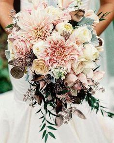 #cirkusflora #flowers #plants #inspiration #inspo #green #pink #view #light #wedding #white #party #love