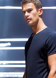 Divergent Theo James, Theodore James, Sexy Men, Celebs, People, Fictional Characters, Image, Cat, Future
