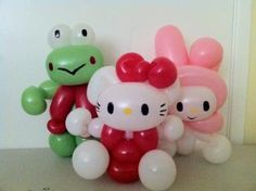 Hello Kitty!! Are you kidding me! These are so cute!! Wish I knew how to make them :(