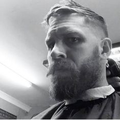 11 fantastiche immagini su Tom Hardy new look for peacky blinders ... e761c60f93b9