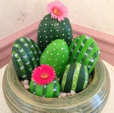 DIY Painting Cactus Rock Art Ideas - Balcony Decoration Ideas in Every Unique De .DIY painting Cactus Rock Art Ideas - balcony decorating ideas in every unique trendy paintings cactus acrylic paintings 62 Pebble Painting, Pebble Art, Stone Painting, Diy Painting, Cactus Painting, Rock Painting Ideas Easy, Painting Canvas, House Painting, Kids Crafts
