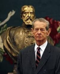 The former King Michael I of Romania addressed parliament in Bucharest in 2011 for the first time since he was forced to abdicate in Michael I Of Romania, History Of Romania, Romanian Royal Family, Central And Eastern Europe, Royal Weddings, Prince And Princess, King Queen, British Royals, Scandal