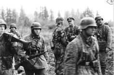 """Waffen 10th SS Panzer Division """"Frundsberg"""" - troops  using switch positions in combat in the eastern front to counter Soviet numerical superiority"""