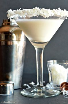 Coconut Cream Martini 1 oz Blue Chair Bay Coconut Rum 2 oz half and half ¼ tsp vanilla Honey and coconut flakes for garnish Party Drinks, Cocktail Drinks, Fun Drinks, Alcoholic Drinks, Beverages, Vodka Cocktails, Martinis, White Cocktails, Christmas Cocktails