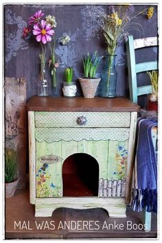 Vintage Upcycling, Shabby Vintage, Cats, Furniture, Home Decor, The Fifties, Pet Dogs, Homes, Crafting