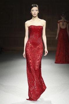 improbabilefashonista: Tony Ward Couture Primavera Verano 2015 de París