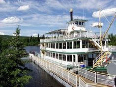 Riverboat Discovery cruise on the Chena River is one of the included activities of our exclusive cruisetour.