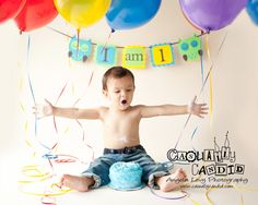 OWL birthday banner, I AM 1. Cute picture too!