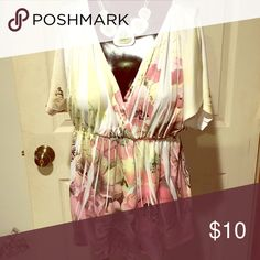 Silky soft flowing blouse Just in time for spring, cute flowered top A.Byer Tops Blouses