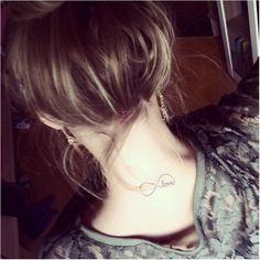 65 Small Tattoos for Women - Tiny Tattoo Design Ideas Girly Tattoos, Foot Tattoos Girls, Key Tattoos, Cute Small Tattoos, Small Tattoo Designs, Tattoo Sleeve Designs, Cute Tattoos, Beautiful Tattoos, Body Art Tattoos