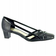 Easy Street Javari Shoes (Black/Blk Pt) - Women's Shoes - 6.5 W