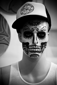 skeleton makeup man with beard - Google Search | Halloween Ideas ...