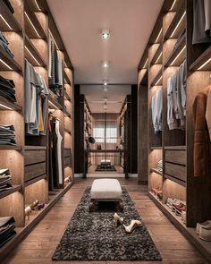 Home Room Design, Dream Home Design, Modern House Design, Home Interior Design, Walk In Closet Design, Wardrobe Design Bedroom, Closet Designs, Modern Closet, Dressing Room Design