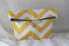 That Morris Family: Great beginner clutch or makeup bag