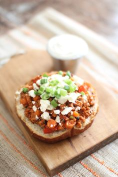 Buffalo Chicken Crockpot Sloppy Joes