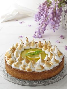 Crostata meringata con curd al limone e basilico Biscuits, Lemon Curd, Something Sweet, Real Food Recipes, Panna Cotta, Pudding, Sweets, Cooking, Ethnic Recipes
