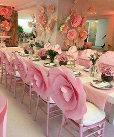 Room Decoration With Paper Flowers is cheap and eye catching idea. You can use paper flowers in many ways. If you need inspiration dive into our post. Decoration Evenementielle, Flowers Decoration, Decoration Pictures, Wedding Decorations, Table Decorations, Backdrop Wedding, Wedding Ideas, Trendy Wedding, Christening Decorations