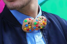 Rainbow Chocolate chip cookie Bow tie  100% Rommydebommy 100% Handmade Unique Design  Aligator clip on the back side to place easily on the correct place Made out of foam Super super light weight Rainbow color (available in the classic chocolate chip as well, contact me before purchasing)  Ready for shipping within 5-8 days