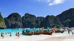As ilhas da Tailândia no mar de Andaman e no golfo de Siam são os lugares mais populares entre os turistas que visitam o Sudeste Asiático. Alguma dessas ilhas da Tailândia são famosas mundialmente por suas praias ou festas! Claro quecom o passar dos anos, algumas se desenvolveram bastante e hoje oferecem hotéis para todos…