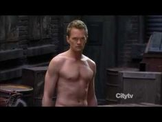 """Barney Stinson picks up girls as the terminator ... his """"Come with me if you want to bang"""" cracks me up every time! X'D"""