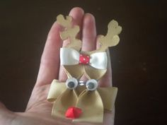 Reindeer Bow - Hip Girl Boutique Free Hair Bow Instructions--Learn how to make hairbows and hair clips, FREE!