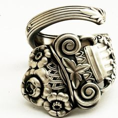 Gorham Roman column and flower sterling silver spoon ring.