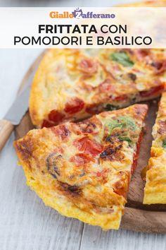 Frittata con pomodori e basilico: un secondo piatto veloce e facilissimo da preparare. Una ricetta last minute a base di uova, pomodori e basilico. #frittata #summer #egg #easy #omelette #estate [Easy tomato and basil omelette recipe]