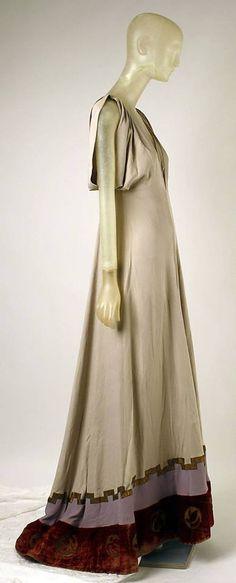 Evening dress Madeleine Vionnet (French, Chilleurs-aux-Bois 1876–1975 Paris) Date 1938 CultureFrench Medium silk, metal