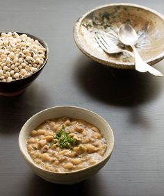 18. Vegan Creamy Black-Eyed Peas #greatist http://greatist.com/eat/instant-pot-recipes