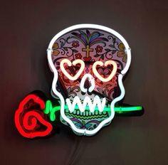Memento Mori, Day Of The Dead Skull, All Of The Lights, Neon Glow, Skull And Bones, Pics Art, Skull Art, Neon Lighting, Light Art