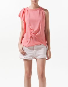 T-SHIRT WITH SHOULDER FRILL - T-shirts - Woman - New collection - ZARA