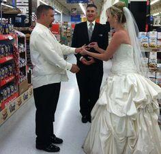 People-of-WalMart-001 Getting Married at Walmart!?!?..........WAT