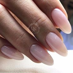 Semi-permanent varnish, false nails, patches: which manicure to choose? - My Nails Fabulous Nails, Gorgeous Nails, Perfect Nails, Nude Nails, Manicure And Pedicure, Shellac Nails, Matte Nails, Manicures, Glitter Nails