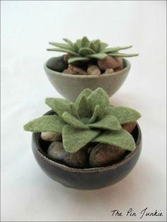 Felt Succulents! smart idea!