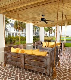 44 Amazing Rustic Porch Swing Design Ideas - Porch swings are a fabulous edition to any home and any porch. Porch swings are a wonderful way to kick back and relax at any time, especially after a. Wooden Pallet Projects, Wooden Pallet Furniture, Wooden Pallets, Furniture Ideas, Free Pallets, Recycled Pallets, Rustic Furniture, Furniture Design, Deck Furniture