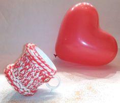 mug cozy mug sweater cup cozy mug holder coffee cozy di knittyshop Mug Cozy, Coffee Cozy, Vintage Gifts, Vintage Items, Mug Holder, Alcohol Ink Painting, White Coffee Mugs, Handmade Items, Etsy Handmade