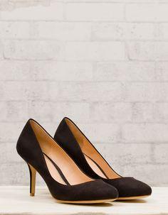 Stradivarius court shoes
