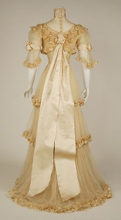 Evening dress (image 3) | Jacques Doucet | French | 1906-1907 | silk | Metropolitan Museum of Art | Accession Number: C.I.51.13.2a–c
