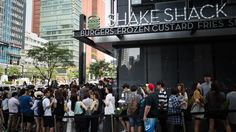 Sales at a Shake Shack Korea store are the highest of any store worldwide. Just seven months after the chain launched in Korea, Shake Shack's 13th international market, the Gangnam branch has outstripped some 120 branches outside the US. It sells 3000 to 3500 burgers a day, according to the Union Square Hospitality Group (USHG), …