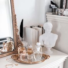 Makeup Room Decor, Makeup Vanity Decor, Decor Room, Room Ideas Bedroom, Bedroom Inspo, Bedroom Themes, Bedroom Designs, Bedroom Inspiration, Interior Inspiration