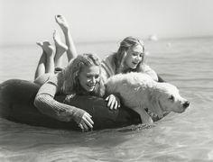 Mary Kate and Ashley Olsen, Vogue