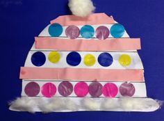 winter clothes craft for preschool kids Toddler Crafts, Preschool Crafts, Kids Crafts, Craft Kids, Kids Winter Hats, Winter Crafts For Kids, Hat Crafts, Clothes Crafts, Winter Thema