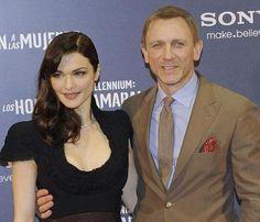 Daniel Craig junto a su mujer  Rachel Weisz, una pareja muy elegante. #DanielCraig #RachelWeisz #SensaCine  http://www.sensacine.com/peliculas/pelicula-145646/