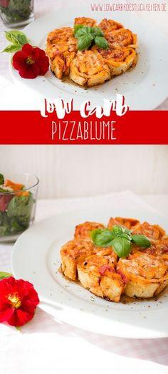 Perfekt für den nächsten Filmeabend, das nächste Buffet oder einfach so :) Leckere low carb Pizzablume (glutenfrei) www.lowcarbkoestlichkeiten.de #lchf #paleo #lowcarb