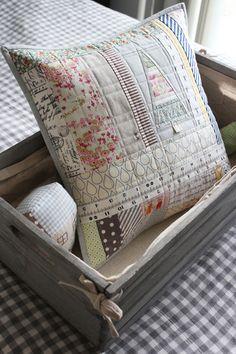 Beautiful Cushion for Christmas #NanaCompany