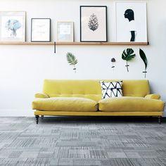 Pirteä keltainen on hyvä väripari harmaan kanssa. Tekstiililaatat: Interface Lima, väri San Cristobel  │ Laattapiste Diy Sofa, Chair One, Design Blog, Carpet Tiles, Interior Design Inspiration, Couch, Beige, Flooring, The Originals
